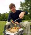AOK Sachsen-Anhalt informiert: Lecker, gesund, hygienisch: So ist Grillen ein Genuss